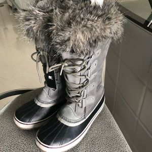 Sorel Joan of Arctic Snow Boots size 10